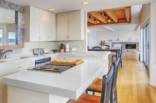 interior design trends for 2019 quartz countertops